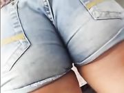 Candid Camera Hot Girl in Tight Jeans Has a Perfect Ass